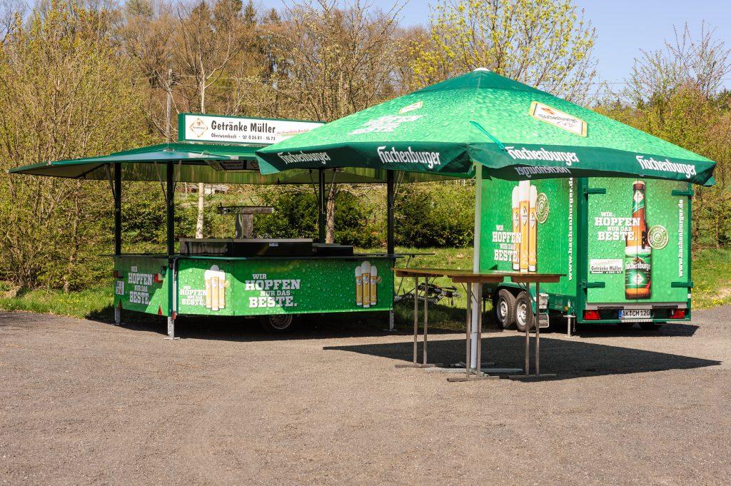 Verkaufswagen »Hachenburger« mit Kühlwagen, Variante 1
